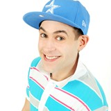 Lee-Nelson-celebrates-DVD-release-with-HMV-signing