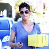 Halle-Berry:-I-get-more-privacy-in-France