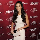 Demi-Moore-�hurt�-by-Ashton-romance-rumors