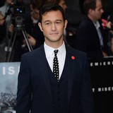 Gordon-Levitt:-Day-Lewis-is-in-a-class-of-his-own