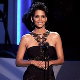 Halle-Berry-selling-home