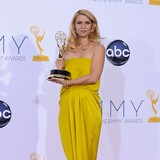 Claire-Danes:-Motherhood-is-abstract