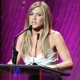 Jennifer-Aniston-to-wed-in-weeks