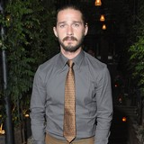 Foster-replaces-LaBeouf-on-Broadway