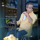 Mel-Gibson-enjoys-flirty-night-out