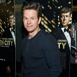 Mark-Wahlberg:-I-couldnt-cheat-on-director