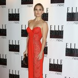 Kate-Hudson-too-busy-for-wedding