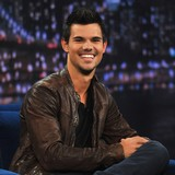 Taylor-Lautner:-I'm-bored-of-being-bulky