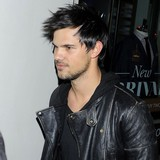 Taylor-Lautner-stunned-by-TV-show