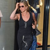 Aniston-addresses-�unfair-energy�