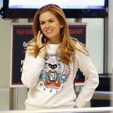 Isla-Fisher-pregnant-with-third-child