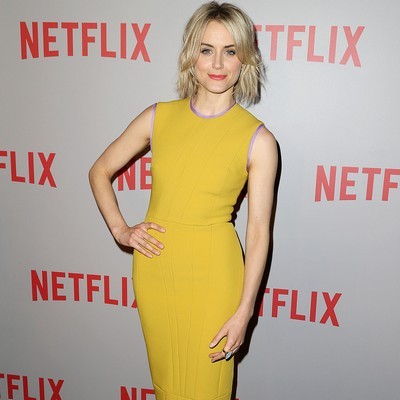 Taylor-Schilling:-Fame-hasnt-eased-anxiety