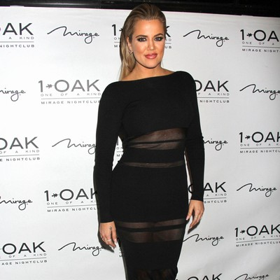 Khlo�-K-speaks-up-for-Kylie