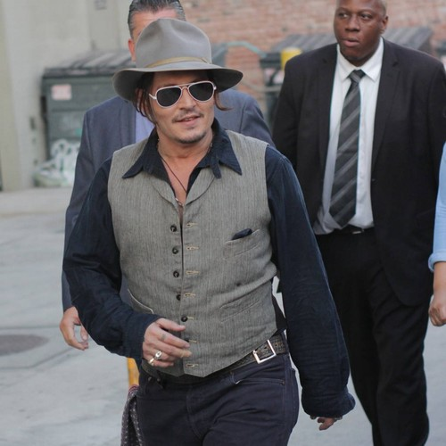 Johnny-Depp:-I-am-an-outsider
