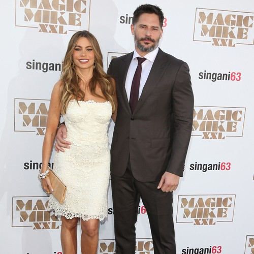 Sofia-Vergara-and-Joe-Manganiello-wed