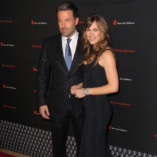 Ben-Affleck-and-Jennifer-Garners-divorce-on-hold