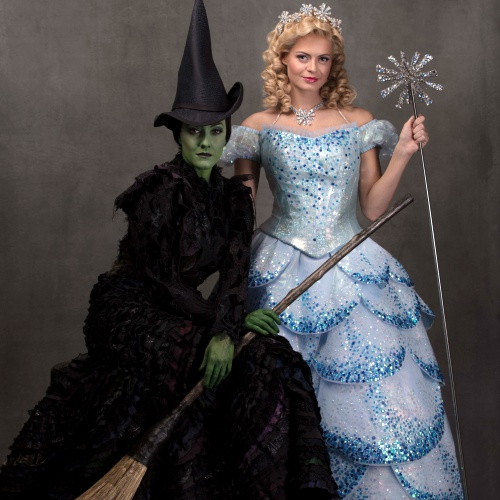 West-End-hit-Wicked-extends-booking-to-26-April-2014